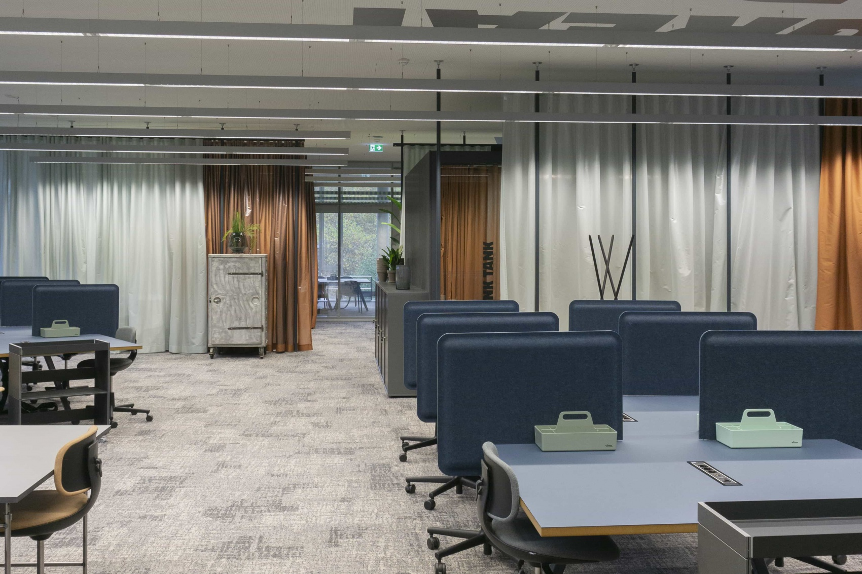 office design with desk dividers