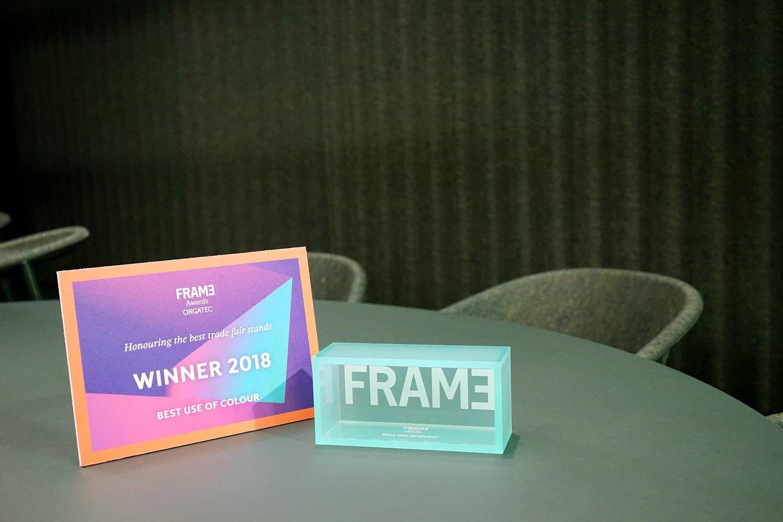 De-Vorm-FRAME-Award-Orgatec-2018-Best-Use-Of-Colour-XL-01-XL