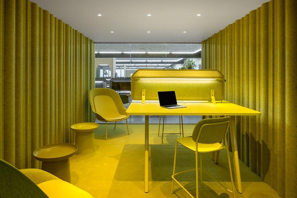 De Vorm Showroom and Offices - PET Felt products 4