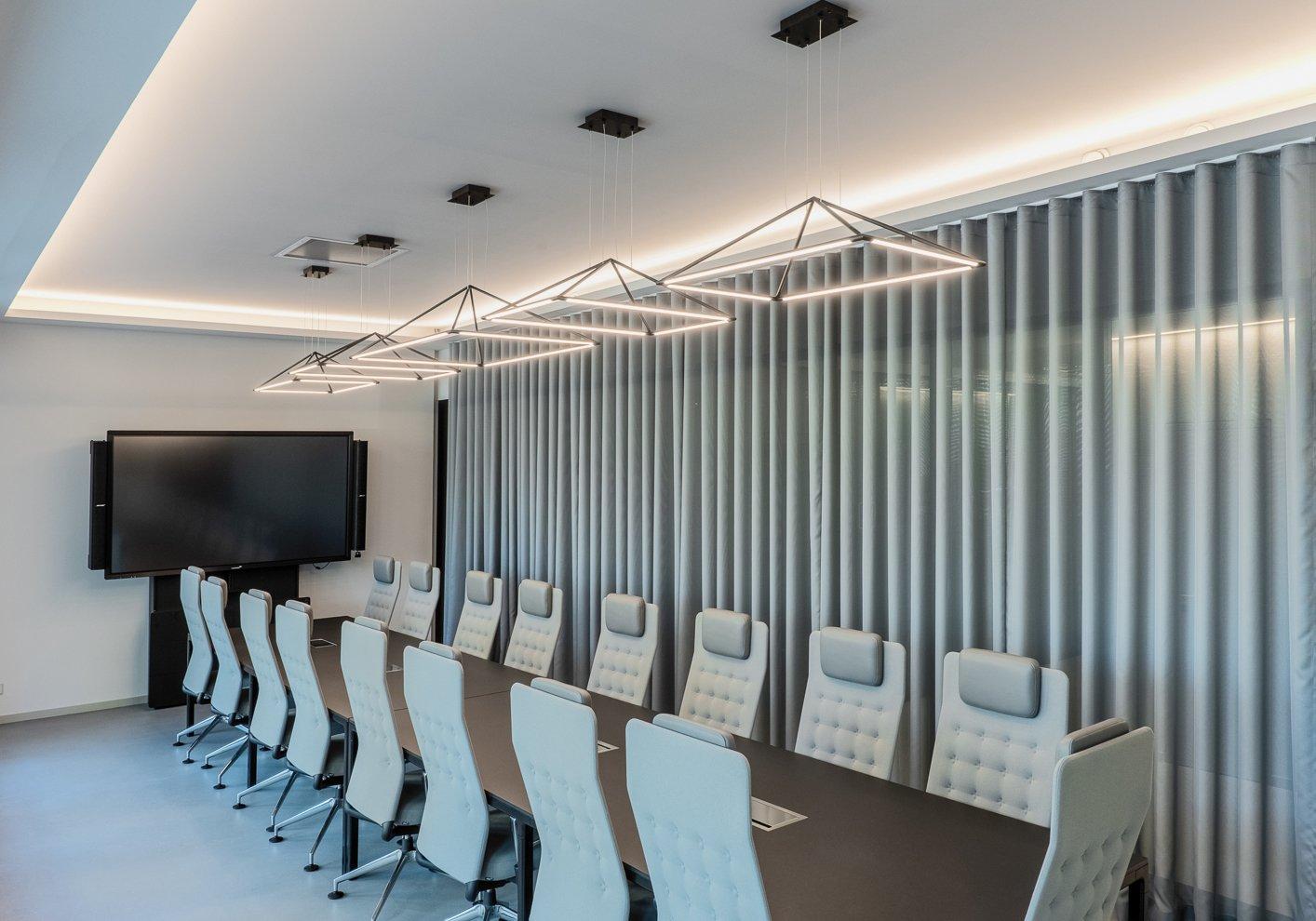 studiodeschutter_meetingspace_Photo_Florian_LonicerBetter Light, Better Work: How to Light Your Office For Productivity